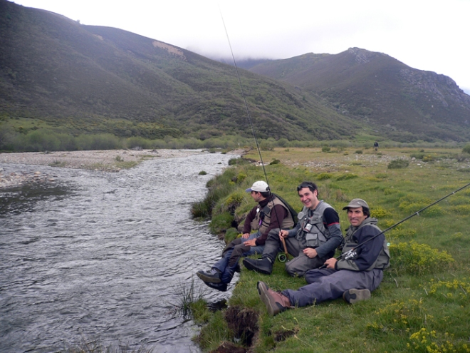 Pesca a mosca en el coto de Pineda